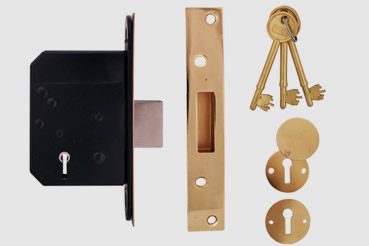 Deadlock Installation by Borehamwood master locksmith